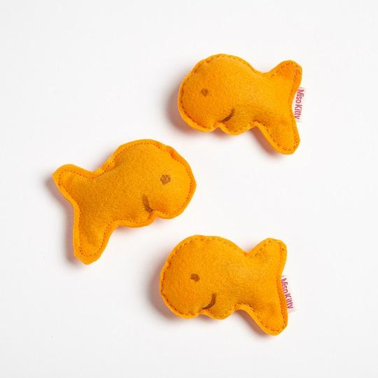 Goldfish cat toy